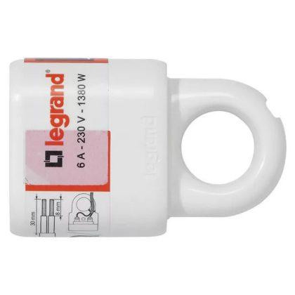 LEGRAND 050166 2P csatlakozóaljzat 6A, fehér műanyag
